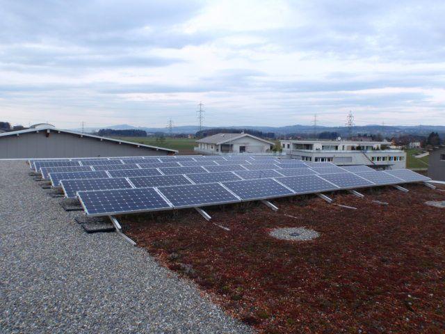 Umwelt Garage Rütter Solaranlage