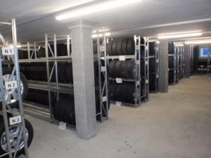 Garage Rütter Pneulager Reifenhotel